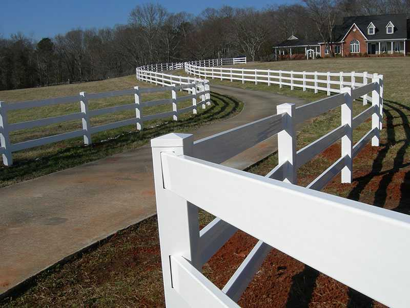 QZP-03(1372x2440MM)-4 Rails Fence